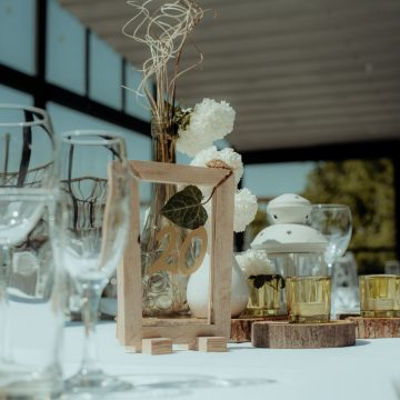 Dekoracija stola za vencanje