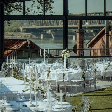 sala za vencanje na otvorenom